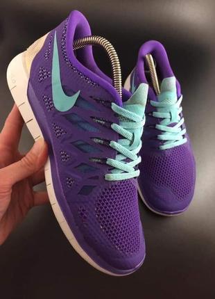 Nike легкі кросівки оригінал