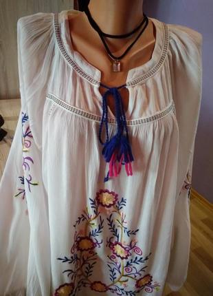 Супер стильная блузка вышиванка перед и рукава вышивка без дефектов крутая модель