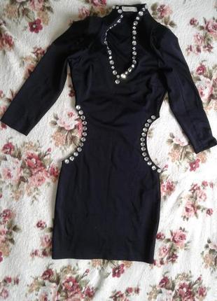 Эффектное мини-платье
