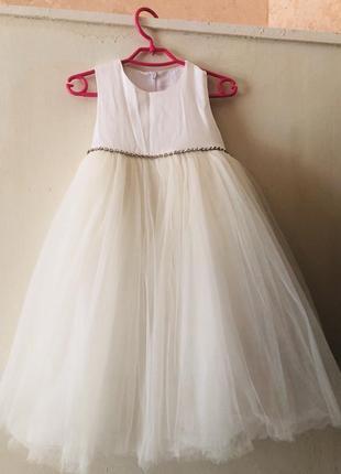 Нарядное платье 🥳