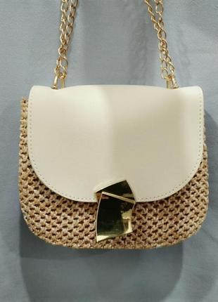 Соломенная сумочка на лето