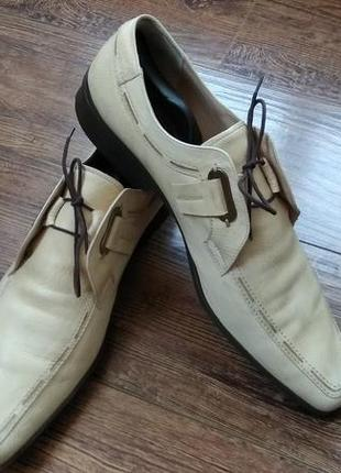 Итальянские кожаные туфли cesare paciotti.