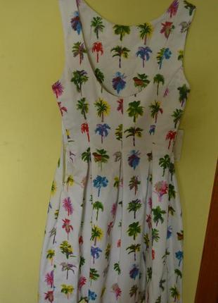 Летнее платье с пальмами