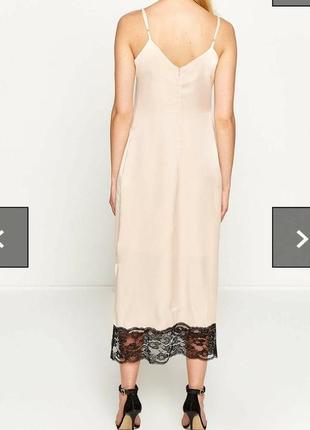 Новое с этикеткой стильное платье-комбинация нежно пудрового цвета4 фото