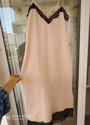 Новое с этикеткой стильное платье-комбинация нежно пудрового цвета10 фото