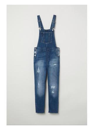 Темно синий джинсовый комбинезон