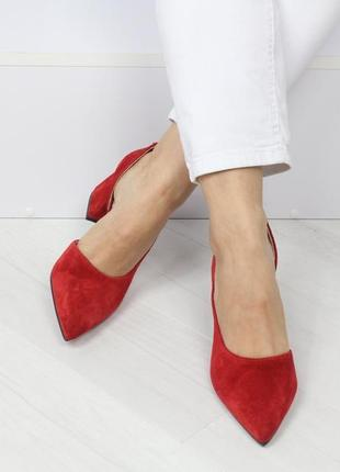 Натуральный замш люксовые красные туфли на среднем каблуке3 фото