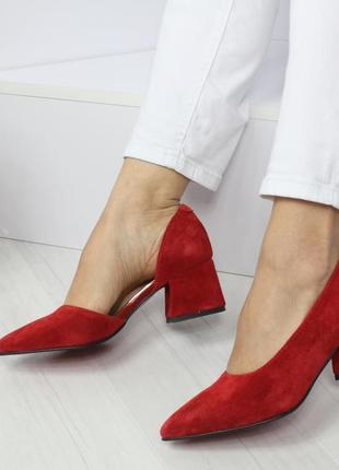 Натуральный замш люксовые красные туфли на среднем каблуке