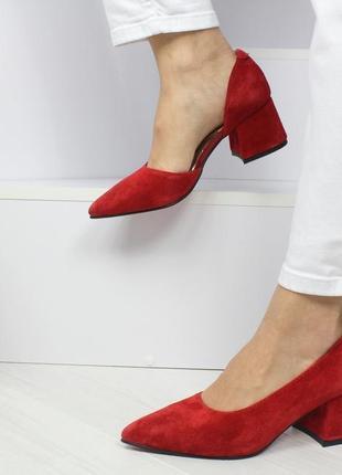Натуральный замш люксовые красные туфли на среднем каблуке2 фото