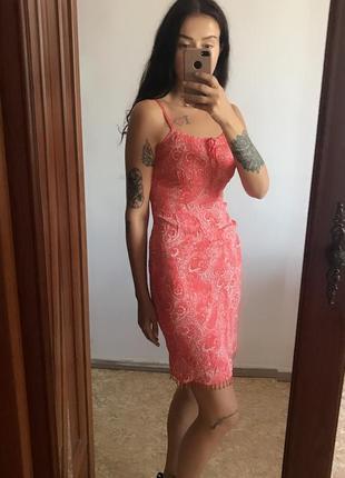 Распродажа! 🔥🔥🔥 красивое красное платье миди в узоры. р. м