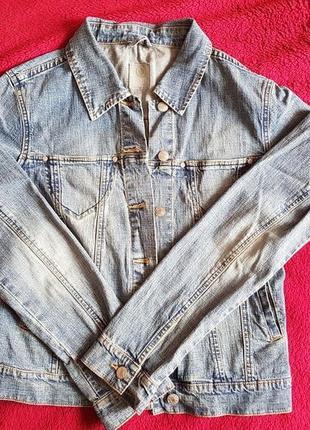 **esprit**джинсовая куртка)размер l