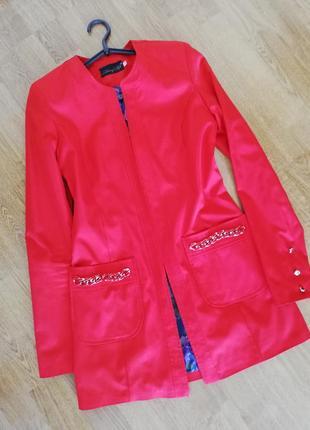 Кардиган-піджак червоного кольору