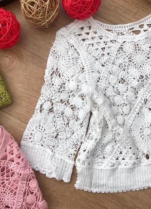 Блузка из кружева макраме  цвета