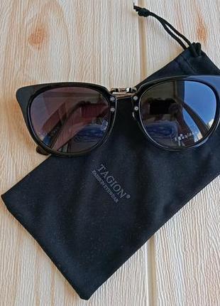 Фирменные очки с чехлом
