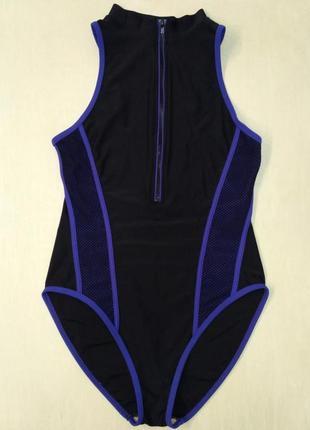 Спортивный сдельный, слитный купальник с замочком на груди