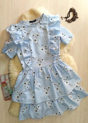 Легка літня сукня з воланами
