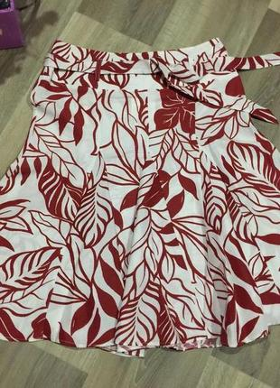 Великолепная брендовая юбка  в цветочный принт 48-50 р