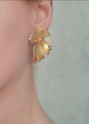 Серьги в стиле zara сережки золото цветок цветочек
