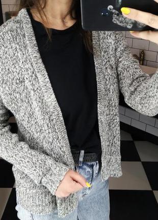 Вязаный женский теплый кардиган свитер