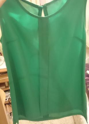 Шифоновая красивенная блузочка красивого зеленого цвета