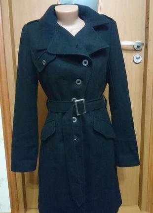Брендовое женское пальто clockhouse