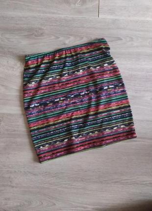 Яркая юбка на лето
