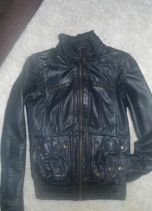 Курточка  zara кожа размер хс