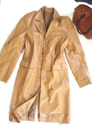 Пальто кожа натуральная,италия