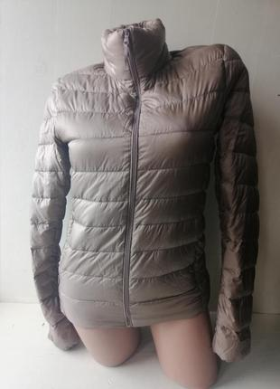 Uniqlo лёгкая пуховая куртка