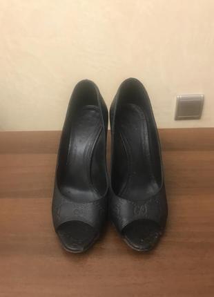 Туфли gucci. оригинал