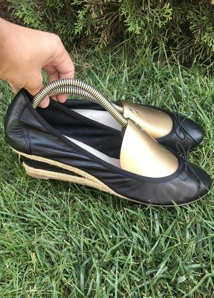 Фирменные кожаные туфли на танкетке, балетки 5th avenue 42