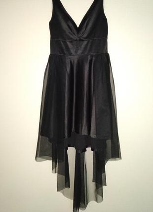 Нарядное чёрное платье