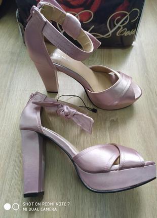 Нарядные босоножки на каблуке vero moda р.38.