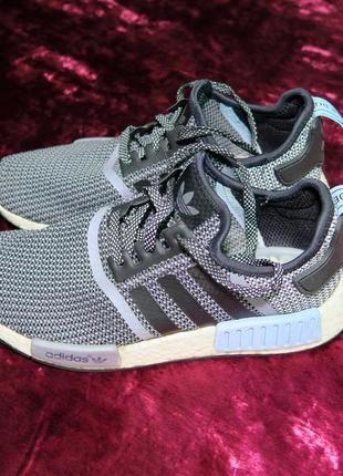 Кроссовки adidas nmd r1 runner primeknit