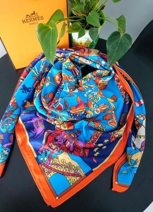 Восхитительный шёлковый платок