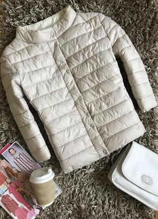 Легкая стёганная куртка amisu.