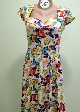 Платье с бабочками
