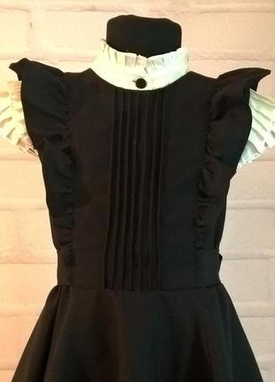 Черный школьный сарафан с крылышками и поясом. школьная форма рр 122-1402 фото