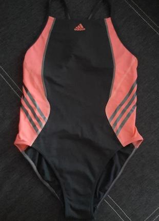 Фирменный спортивный купальник adidas(original).