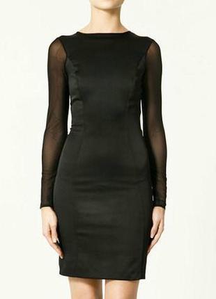 Классическое платье с сетчатыми втавками