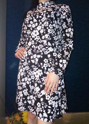 Бомбезное платье цветочный принт lipsy