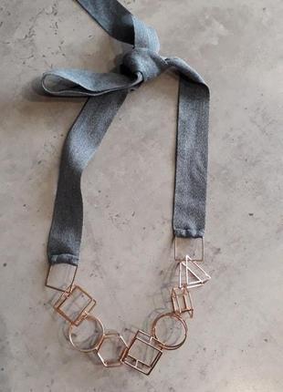 Стильное колье,ожерелье.