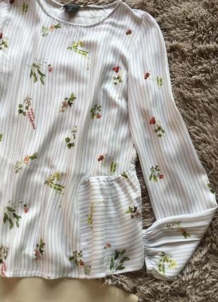 Красивая нежная блуза свободного кроя в цветочный принт5 фото