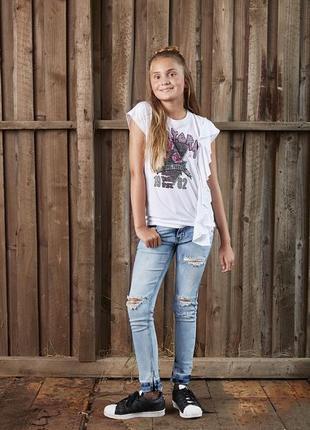 16л шикарные джинсы узкачи