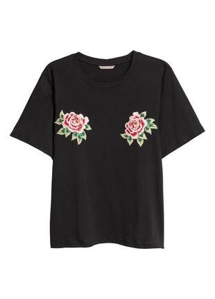 Футболка чёрная с розами