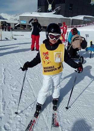 Детский лыжный костюм и перчатки 7-8 лет рост 128-134