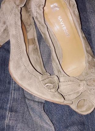 Итальянские замшевые удобные туфли натуральные полностью
