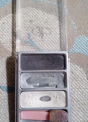 Мягкие шелковые, сатиновые тени для smoky eyes с шиммером alex horse
