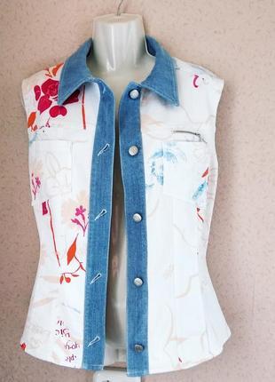 Bogner  джинсовая жилетка  белая с принтом оригинал р 50