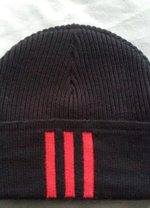 Зимняя шапка adidas galatasaray